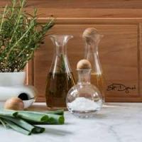 Bottiglie di olio e aceto