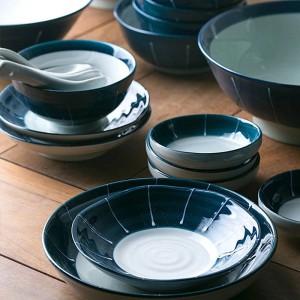 Set di stoviglie in ceramica da 1 persona / 2 persona / 6 persone Set da tavola in porcellana giapponese di colore blu intenso con scodelle in ceramica