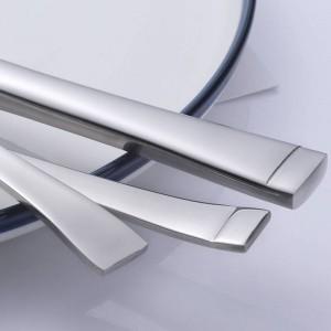 Set di posate in acciaio inossidabile da 5 pezzi Servizio a bordo quadrato per posate da tavola con cucchiaio forchetta da coltello 5 pezzi / set da tavola di alta qualità