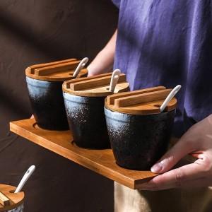 Legno di bambù Ceramica Condimento A forma di botte Vasetti di spezie Set per pentole Sale Pepe Agitatori Spruzzi di condimento Utensili da cucina