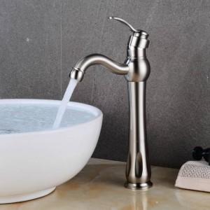 Rubinetti per lavabo ORB / Nichel / Ottone nero Montaggio su ponte Rubinetto per lavabo da bagno Maniglia singola 1 foro Miscelatore caldo e freddo vintage XT981