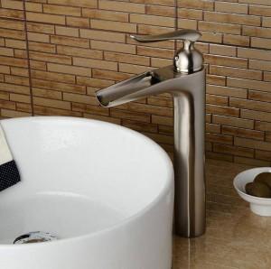 Miscelatore per lavabo a cascata a cascata per lavabo lavabo alto miscelatore nero / nichel lavabo rubinetto miscelatore miscelatore rubinetto per lavandino rubinetto LAD-412