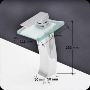 Rubinetto per lavabo bagno rubinetto in ottone cromato cascata quadrata in vetro rubinetto BF040