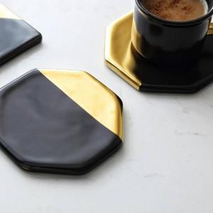 Placcatura in marmo nero Tappetini per tazza da cucina in ceramica dorata Tappetini Decorazioni per la casa Utensili da cucina Cuscinetto da tavolo antiscivolo Lusso stile Europa