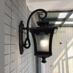 Applique da esterno impermeabile nero Applique da parete rustica Applique da parete Lampada da cortile Lampada da corridoio per esterno