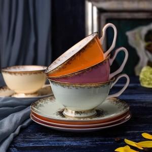 Set di tazze da tè in porcellana di ossa Tazze e piattini in ceramica di alta qualità per set di bicchieri da 200 ml di caffè
