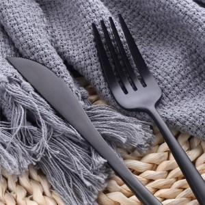 Set di posate SUS304 in acciaio inossidabile da 24 pezzi per la casa / cucina / ristorante / hotel Servizio di posate opaco elegante per 8