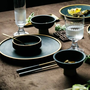 Piatti in ceramica con intarsio in oro Bistecca Piatti per piatti in stile nordico Ciotole da tavola retrò Ins Piatto da pranzo Set di stoviglie di alta gamma