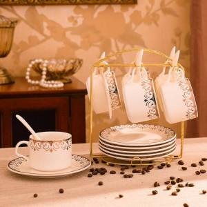 Set di piattini e tazze da caffè in ceramica europea Set di tazze da acqua creative Set di 4 pezzi in oro semplice di 6 set di piatti da tazza da caffè
