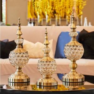 Vaso di caramella di cristallo europeo decorazione per soggiorno ornamenti piccola Ciotola di zucchero in metallo con coperchio piatto di frutta secca scatola regalo