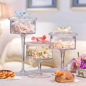 Vaso di caramelle in vetro europeo di alta qualità coperchio trasparente Bottiglia di stoccaggio antipolvere torta di vetro piatto da dessert Decorazione di cerimonia nuziale