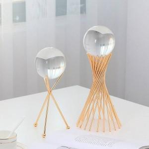 Stile europeo Sfera di cristallo trasparente Decorazione Decorazione per soggiorno Staffa in metallo Ornamenti artigianali in vetro