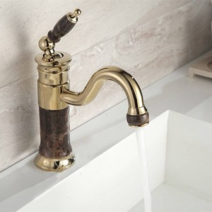 New Deck montato in ottone e rubinetto Rubinetto del bagno Rubinetto del miscelatore Lavabo dorato Rubinetto del lavandino Rubinetto del lavandino XT617