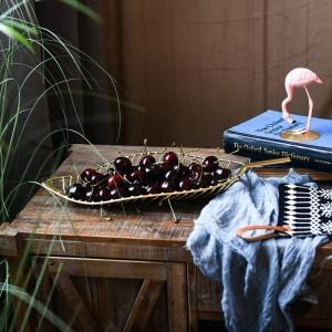 Piatto di frutta fatto a mano a forma di foglie di metallo cestino di frutta snack di caramelle cestino di stoccaggio tavolo piatto di frutta decorazione