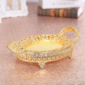 Retro vassoio di metallo dorato del piatto di caramella della scatola di frutta, piatto di metallo vuoto per la festa di compleanno della decorazione di nozze