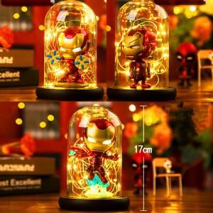 Hero Spider Lampada da tavolo a LED Marvel Super Iron Man Hulk Deadpool Lampada a LED Luce notturna Multicolore Decorazioni natalizie Giocattoli regalo per bambini