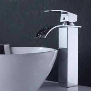 Rubinetto miscelatore per lavabo monocomando per lavabo a cascata cromato lucido di alta qualità Nuovo A1005