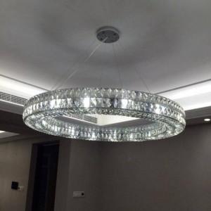 Lampadario rotondo a cristallo a forma di anello per hall di hotel per soggiorno Applique a sospensione a LED Applique per sala da pranzo Applique a sospensione rotonda