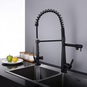 Rubinetto della cucina Estrarre Deck Mounted Pull girevole girevole a 360 gradi rubinetto freddo e caldo oro Torneira Dourada miscelatore LAD-168