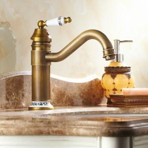 Lavello da cucina Rubinetti per lavabo Rubinetto per rubinetto in ottone Rubinetto girevole 9881/9882/9883