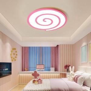 Plafoniere a led con cuore di cristallo intorno e dimmer o interruttore di superficie bianco per salotto o camera da letto