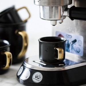 Tazza da caffè in ceramica nera Lekoch da 500 ml con impugnatura da viaggio in oro Tazza da tè per il latte Tazza di calore per accessori da cucina per la casa
