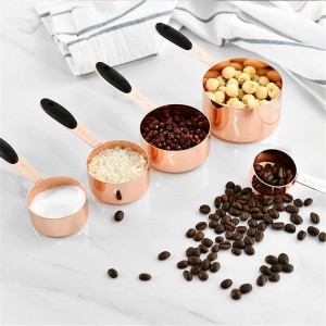 Cucchiaio di misurazione Cucchiaio in acciaio inossidabile Chicchi di caffè Cucchiaio di farina in polvere con manico Durevole Cucchiaio da cucina Set di utensili 5 pezzi