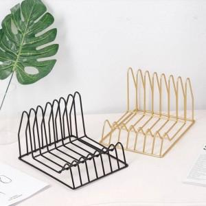 Cestello portaoggetti multifunzione in metallo dorato Portaoggetti per scrivania in ferro moderno irregolare Rivista Magazine Organizzatore di libri di giornale