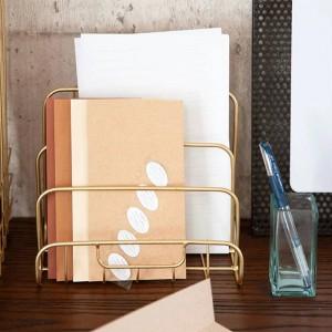 Scaffale portaoggetti in metallo dorato Vogue Modern Mini Nordic Graceful Net Scrivania in ferro Rivista Organizzatore di libri di giornale Cesto portaoggetti Decor