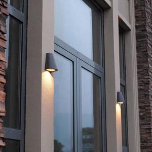Portico moderno a LED per illuminazione da giardino lampade da parete per esterno impermeabili balcone cortile Illuminazione professionale applique per esterno