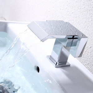 Rubinetti del bacino di Narceyz Rubinetto della cascata del bagno Cromo doppio manico in ottone cromato Miscelatore caldo e freddo di alta qualità A1009