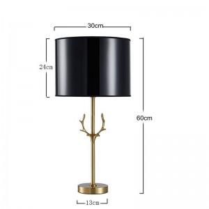 Il lavoro manuale moderno della lampada da tavolo della corna della posta nordica rende tutto il modello della corna di rame nell'illuminazione della decorazione di lusso della villa del salone dell'hotel