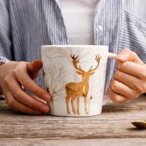 Tazza in ceramica in stile nordico Placcatura in cervo dorato 550 ML Tazza da caffè al latte Caffè da tè Tazza da colazione in porcellana Bicchieri per utensili da cucina