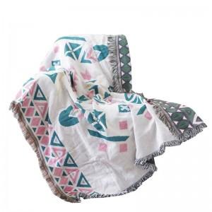 Nordic Throw Blanket Fodera per divano Fodera geometrica antipolvere Copertura antiscivolo Coperte Cobertor per letti Nappa Natale