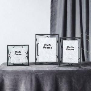 Cornice per foto geometrica in metallo del vento nordico Installazione Cornice per foto moderna semplice creativa 6 Cornice decorativa da 7 pollici