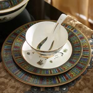 Servizio da tavola in porcellana set disegno cavallo osseo cavalli disegno in oro 58 pezzi set da tavola set da pranzo set da caffè regalo di nozze