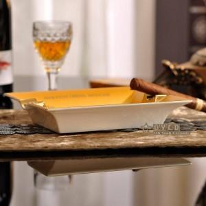 Posacenere in porcellana moda osso Quadrato design cavallo contorno in forma di sigaro posacenere sigaro decorazione regalo oro