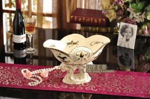 Fruttiera in porcellana avorio in porcellana dio cavalli design in rilievo contorno in oro decorativo ciotola di frutta regali inauguranti
