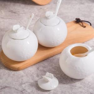 Rilievo di bambù Serbatoio di sale Vaso di zucchero con cucchiaio di copertura Vaso di condimento in ceramica pepe Set di utensili da cucina Spezie e agitatori di pepe