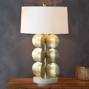 Semplice lampada da tavolo moderna corpo oro bianco fabirc paralume lampada da scrivania Decorazione Lampe creativa E27 3W lampadina a led Nordic Light
