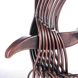Aquila Irom Scultura Fatta a mano Fortuna Aquila Falco Statua Home Office Decorazione Regalo Figurina selvaggia Decorazione Regalo da collezione