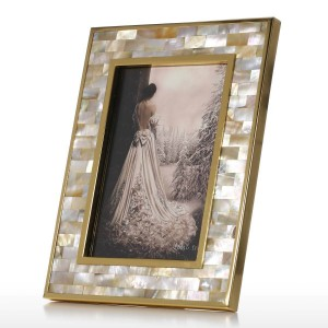 Cornice per foto con guscio dorato Labbro nero Guscio di piano in legno Tecnologia di verniciatura Vernice Ufficio Studio e ornamenti per camera da letto