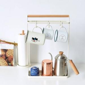 Scaffale di stoccaggio in legno nordico di Vogue in metallo con vassoio inferiore in griglia